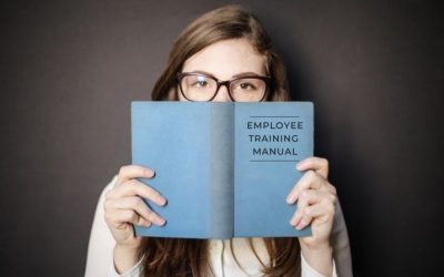Retail Employee Training: 4 Things Every Retail Training Manual Needs